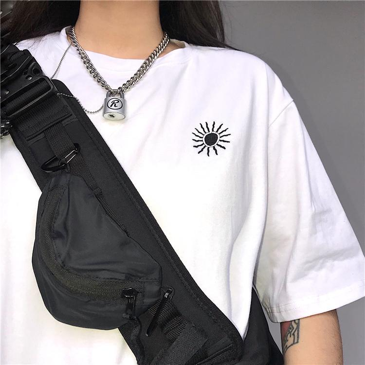 itGirl Shop WHITE BLACK SUN EMBROIDERY LOOSE T-SHIRT