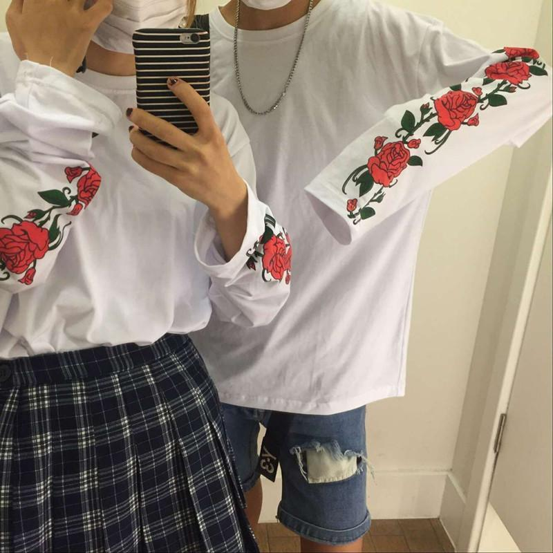 itGirl Shop WHITE LONG SLEEVE ROSES FLOWERS PRINT OVERSIZED SWEATSHIRTS