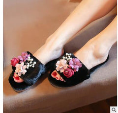 2018 Luxury Fur Slippers Women Anti-slip Flip Flops Flower Pearl Female Shoes Winter Home Warm Cotton Indoor Floor Shoes Women