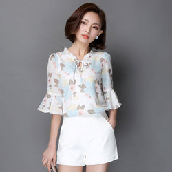 2018 Women Summer Style Flower Printed Chiffon Blouses Shirts Girls Half Flare Sleeve Floral Bow Tie decor O-Neck Blusas DF1581
