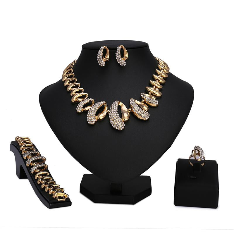 a2eed7d2a9e Hover to zoom · 2018 fashion Gold Color Nigerian Wedding African Beads  Jewelry Set Crystal Saudi Jewelry Bracelet ...