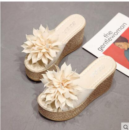 43346d99d ... Image of 2019 New Summer Slippers Women Fashion Flowers Peep Toe Beach  Shoes Platform Sandals Ladies ...