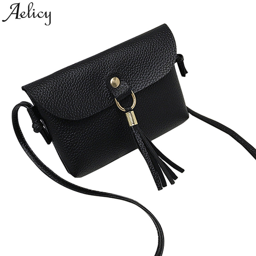 ... Aelicy women Fashion able Bag Vintage Handbag Small Messenger Tassel Shoulder  Bags crossbody bag carteras mujer ... a8c7cf8e04ca3