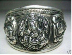 Asian China Handcrafted Superb Jewelry carved elephant tibetan miao silver bracelet Bangle shipping free