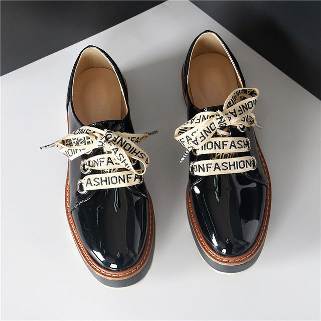 f65da676cc47 British Ladies Riband Derby Shoes Japanned Leather Loafers Women ...