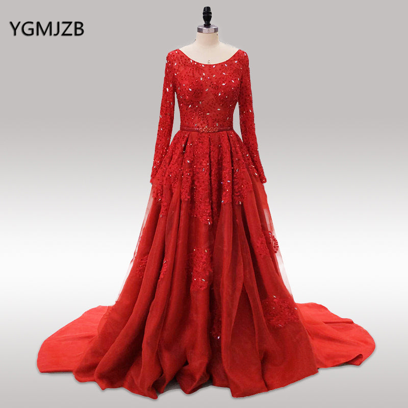 73d0f8ca37 Saudi Arabia Evening Dresses 2018 Puffy Ball Gown Long Sleeves Beaded Floor  Length Red Lace Glitter ...