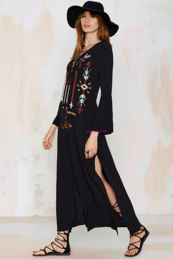 a4ab23138b Vintage Ethnic Flower Embroidery Deep V-neck Hippie Boho People Cotton  Linen Tunic Loose Long Maxi Dresses 2018 Mexican dress