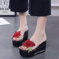Women Summer Sandals Thick Heel Platform Wedges Sandals Sweet Flower Slippers Sandalias Slides White Black High Shoes m034