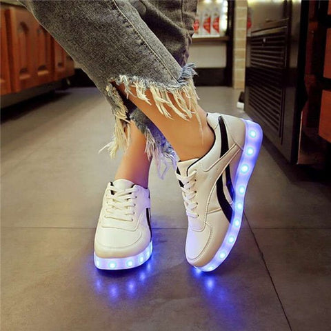 YPYUNA Trend Red white luminous shoes boys girl led lighted sneakers usb charging glowing sneakers child fashion shiny led shoe 1