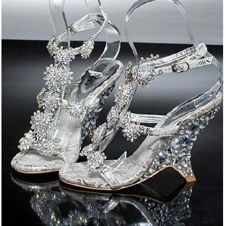 2016 Nicest Lady Bridal Wedding Shoes Evening  Party Dresses Female Wedge Heel Sandals banquet princess diamond crystal shoes