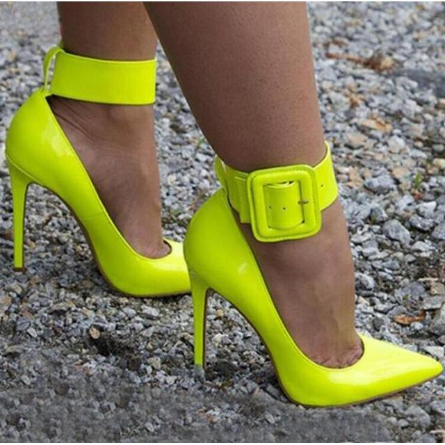 2017 Sexy Fashion Women Ankle Buckle Wide Strap Pumps Pointed Toe High Heels Ladies Summer Patent Leather Party Stiletto Heels