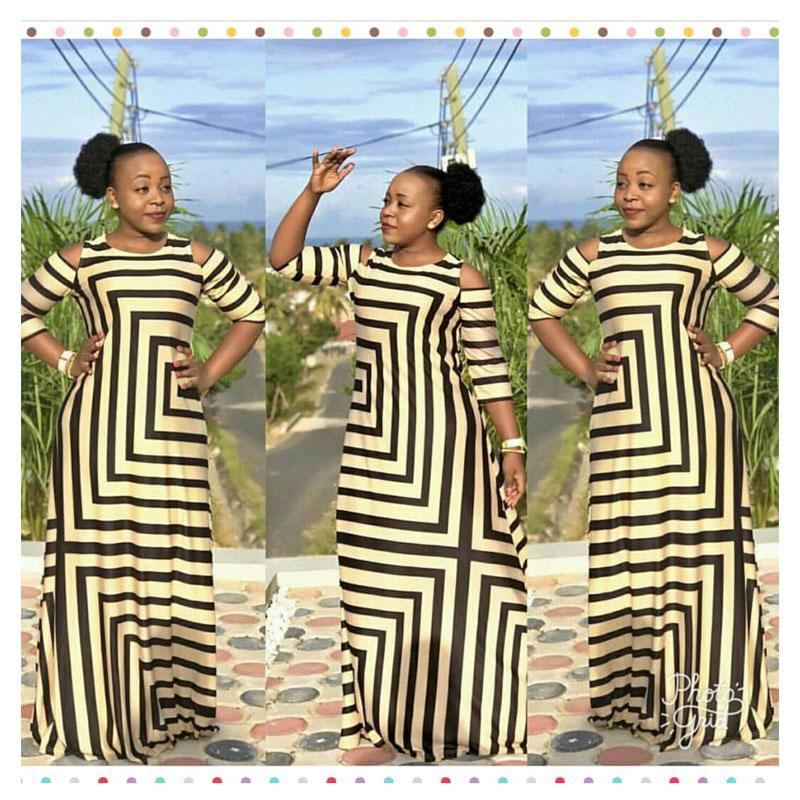 2017 African Clothing  Dashiki New Traditional Fashion Dew Shoulder  Design Bazin Super Elastic Plus Loose For Lady