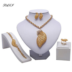 2018 Exquisite Dubai gold-colorful Jewelry Set woman accessories jewelry set Wholesale Fashion African Beads brand Jewelry Set