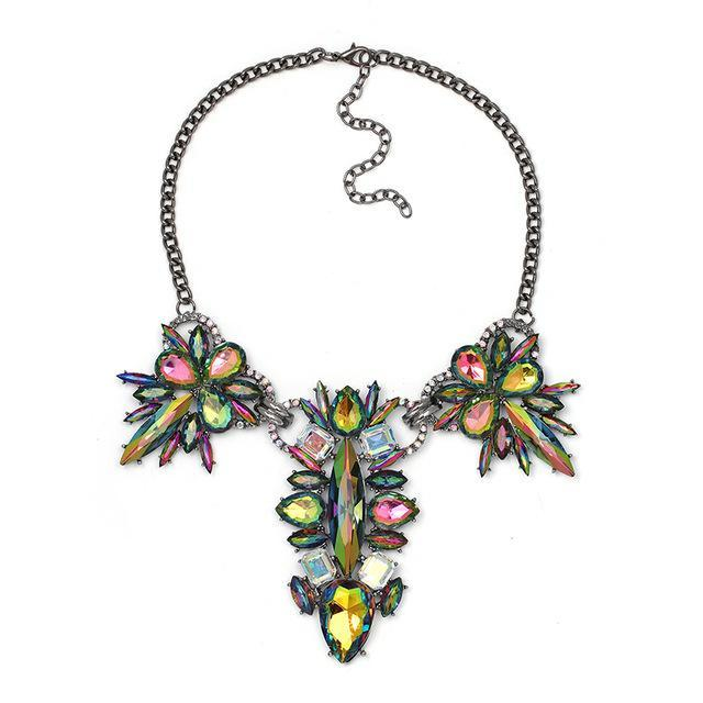 2017 Luxury Crystal Statement Necklace Fashion Trend Multicolor Collar Necklaces Antique Shiny Pendant Choker Jewelry For Women