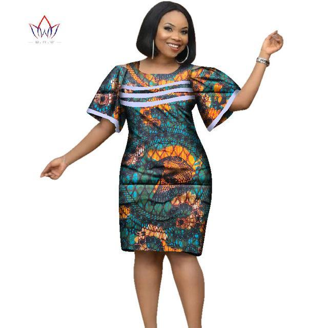 f2deba48a19 Hover to zoom · 2018 Africa Dress For Women African Wax Print Dresses  Dashiki Plus Size Africa Style Clothing for