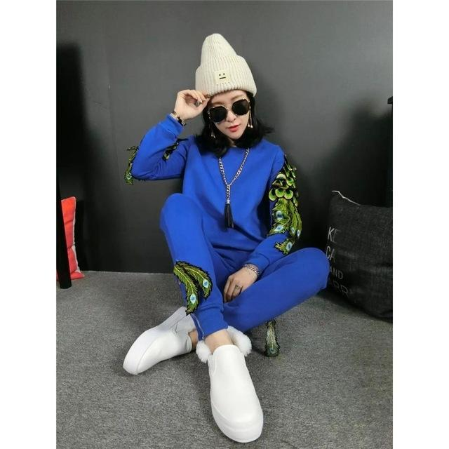 2017 Fashion tracksuit women Casual hoodies sweatshirt peacock wings cotton 2 piece set women sporting suit