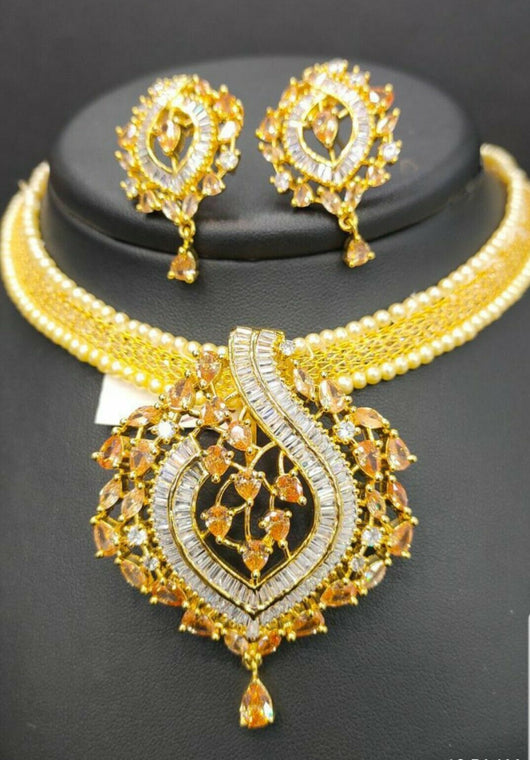 Gold Color Fashionable Jewelry Set
