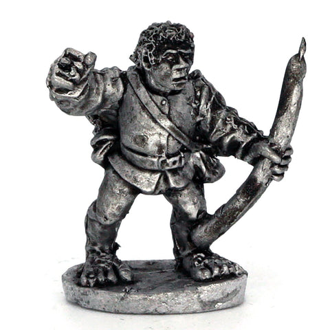 Halfling Archer Readying Bow (0129)