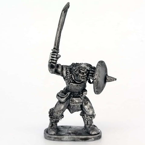 Half Orc with Sword held high (0171)