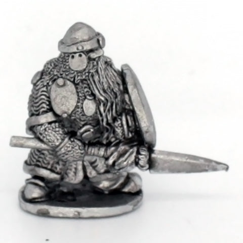 Dwarf Standing With Spear (0234)