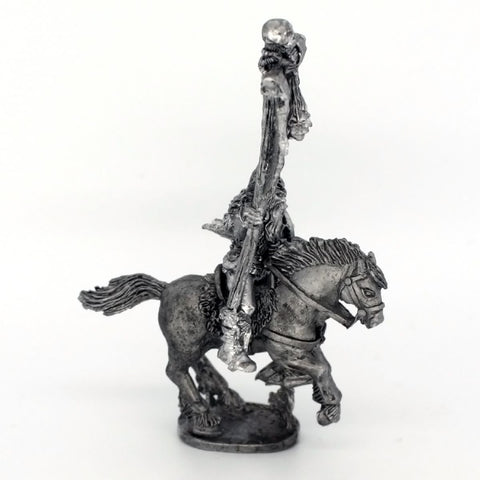 Barbarian Cavalry; Standard Bearer With Mail Shirt (0399)