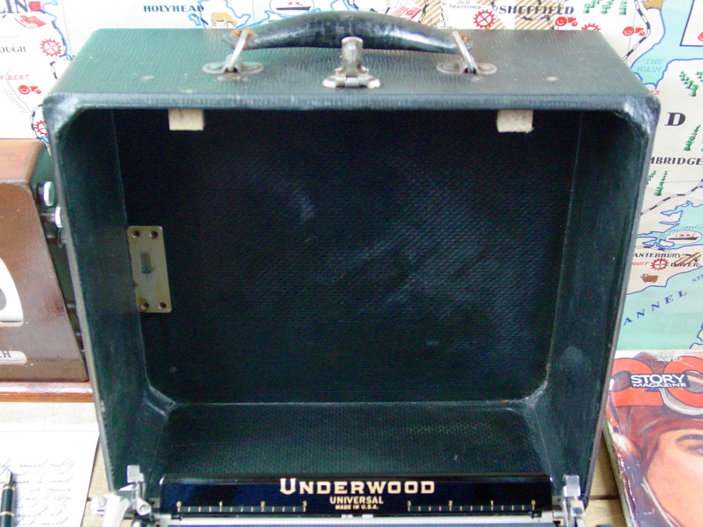 Typewriter , 1936  Underwood  Universal