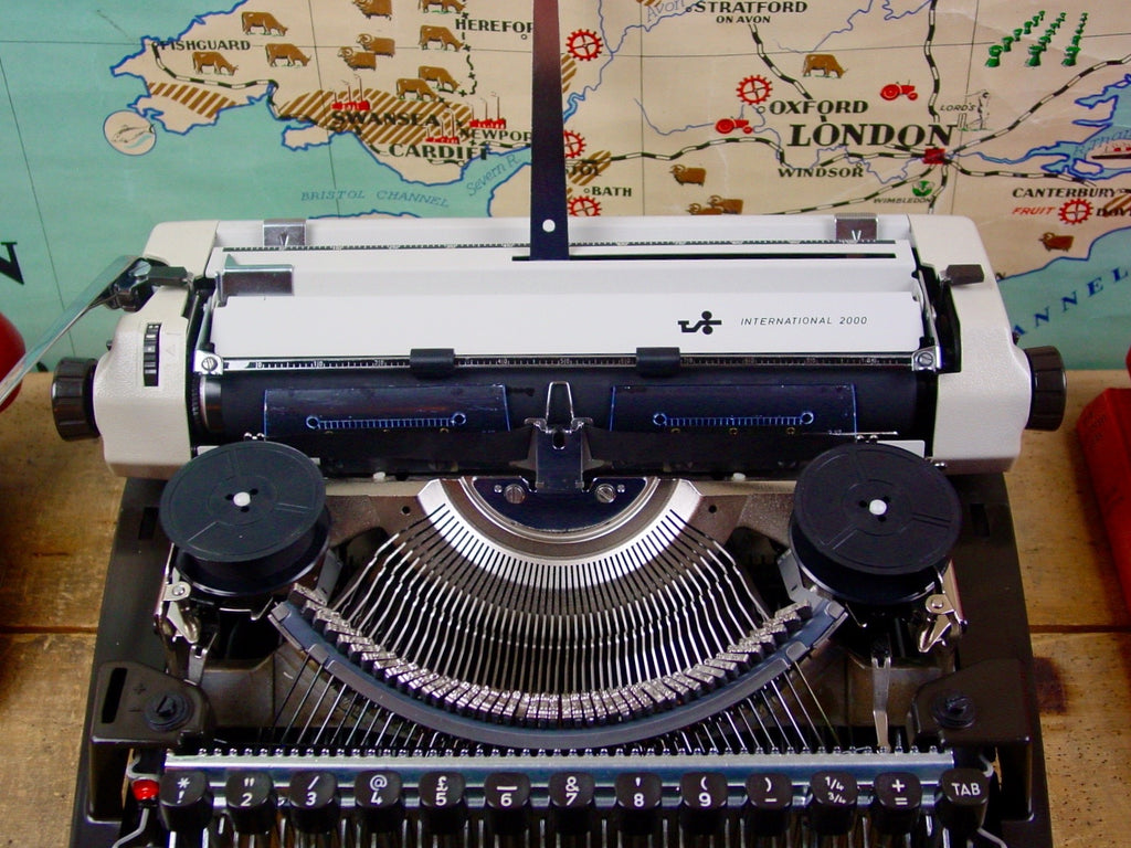 Typewriter, Scheidegger International 2000