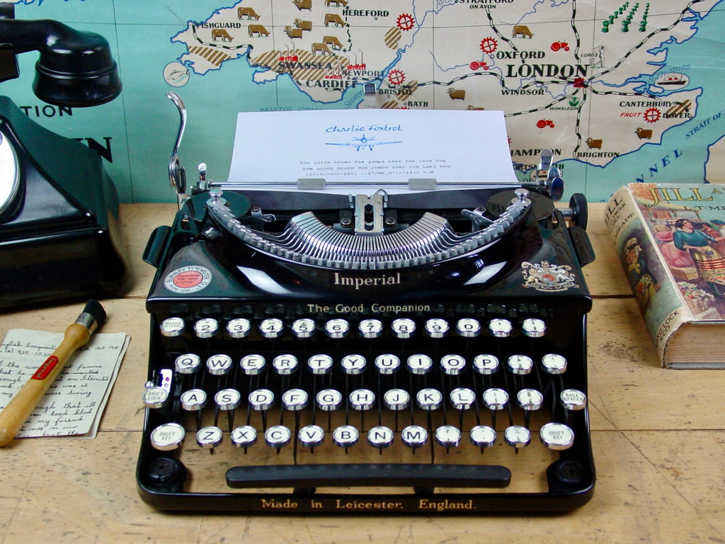 Typewriter ,  Imperial 1938  - The Good Companion 1