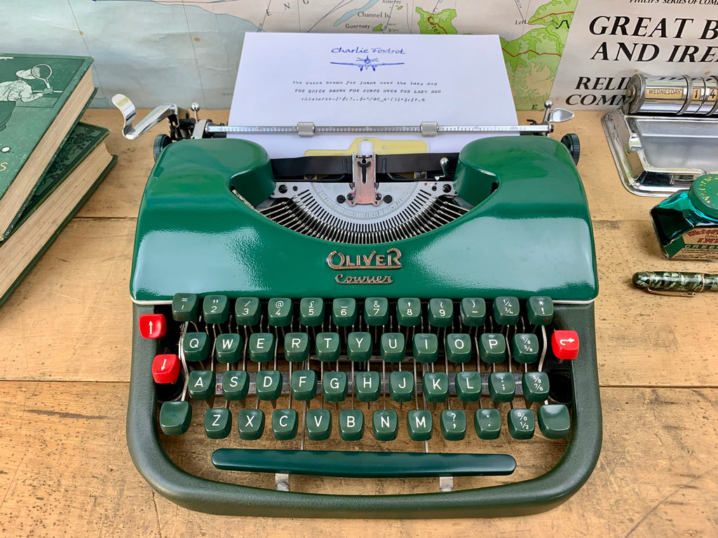 Typewriter - 1958 Oliver Courier with Italic Font