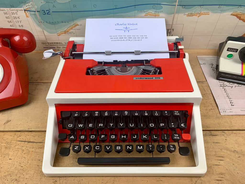 Typewriter , Rare Red Underwood 315