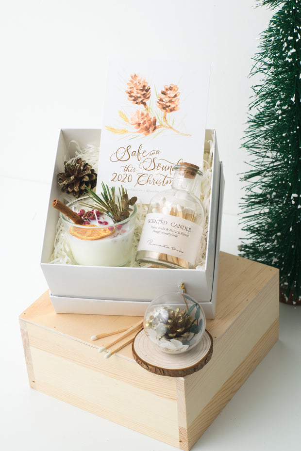 Merry and Bright Christmas Candle Gift Set