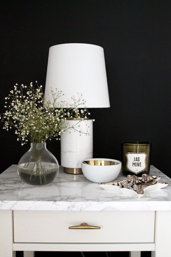 marble-looking-top-white-table-gold