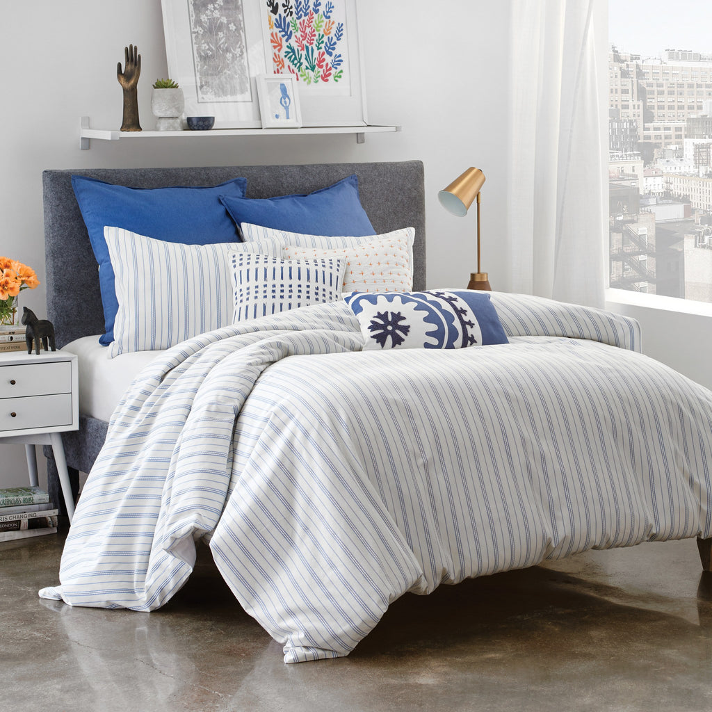 Discover the Hilton hotel stripe duvet cover, featuring a timeless design with a white-on-white stripe pattern in a cotton blend sateen. Shop Hilton to Home for all bedding essentials, including duvet covers, sheets and pillowcases.