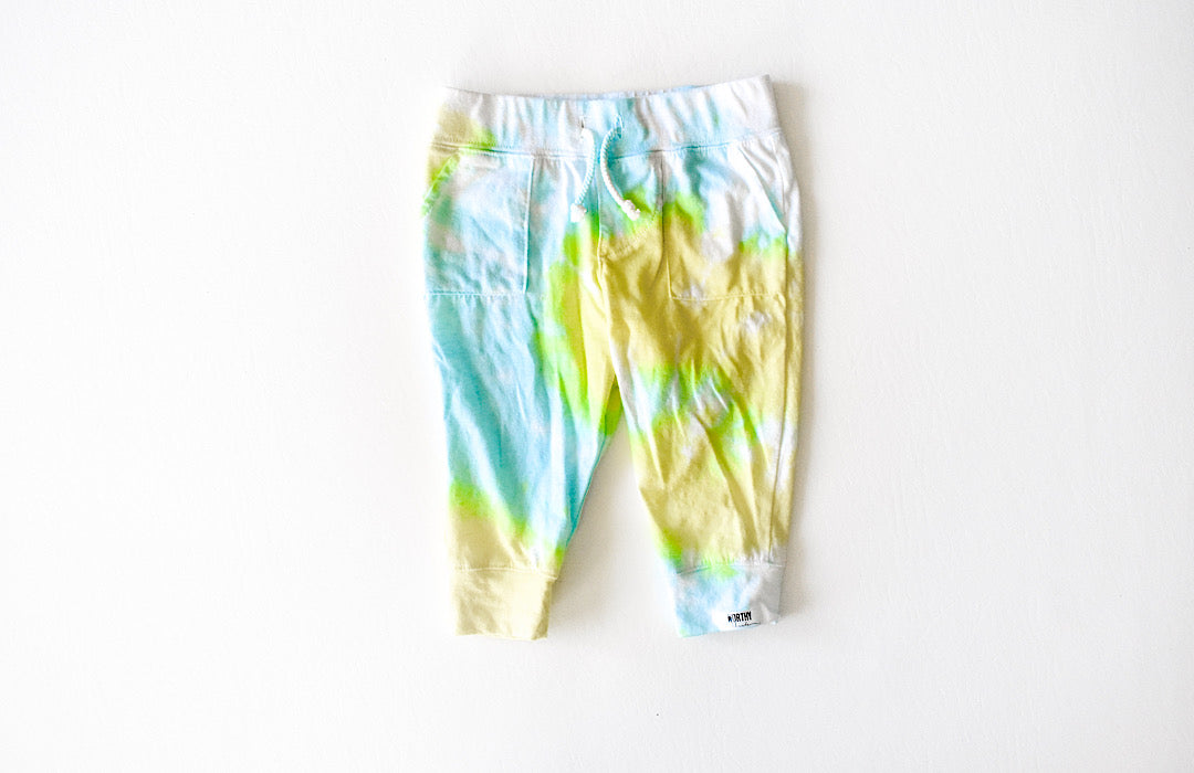 Kids light weight tie dye joggers in lemon lime