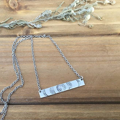 Moon Phases stamped bar necklace - Hipimi