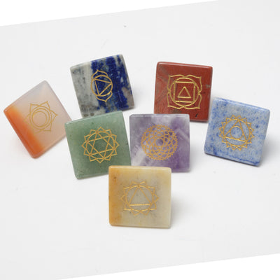 Set of 7 (SEVEN) Pyramid Chakra Set -- Engraved Pyramid Shaped Chakra Stones - Hipimi