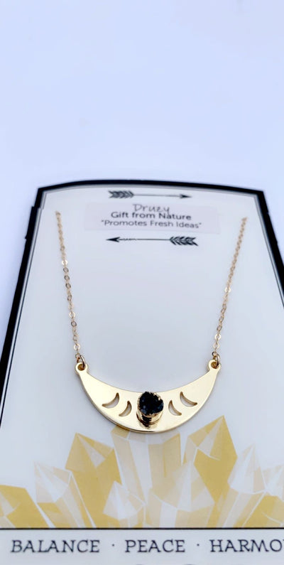 MOON PHASE CRESCENT NECKLACE WITH AGATE DRUZY - Hipimi