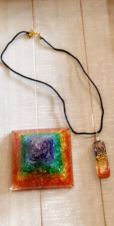 7 Chakra Energy Pendant Orgonite Necklace - Hipimi