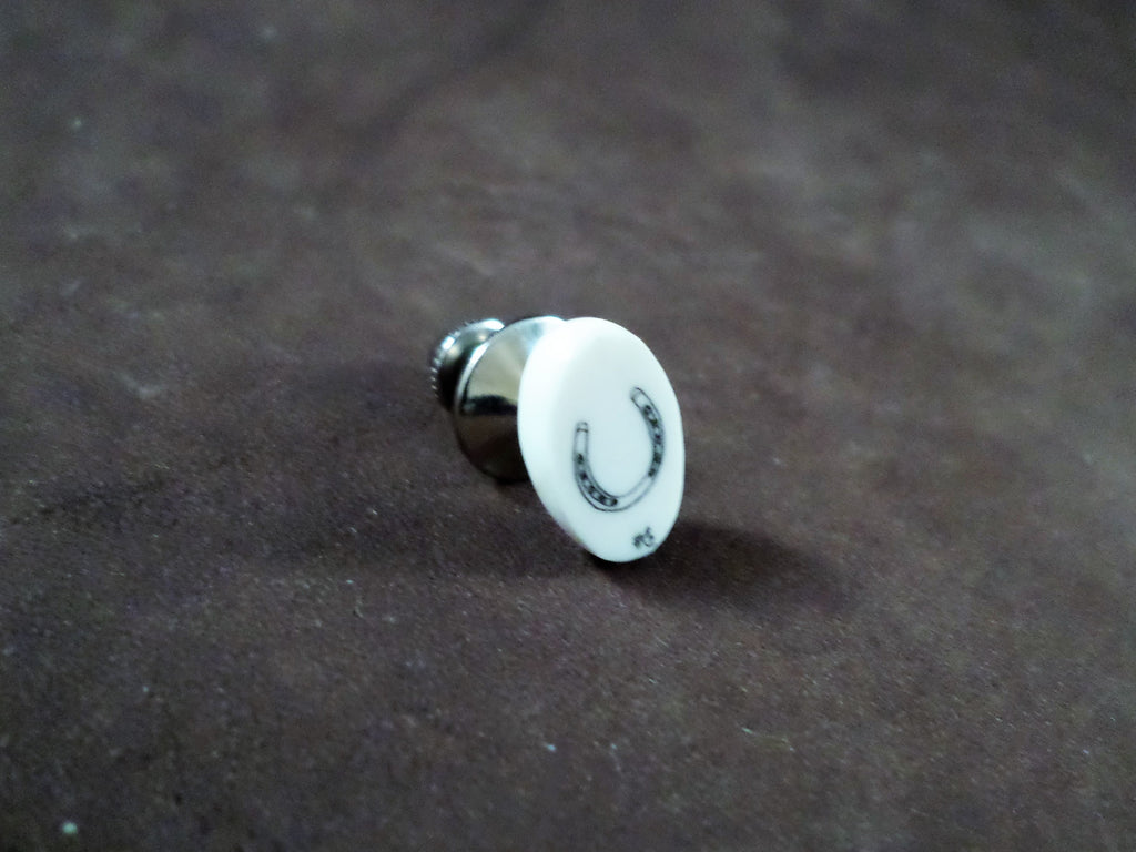 Scrimshaw Horseshoe Pin