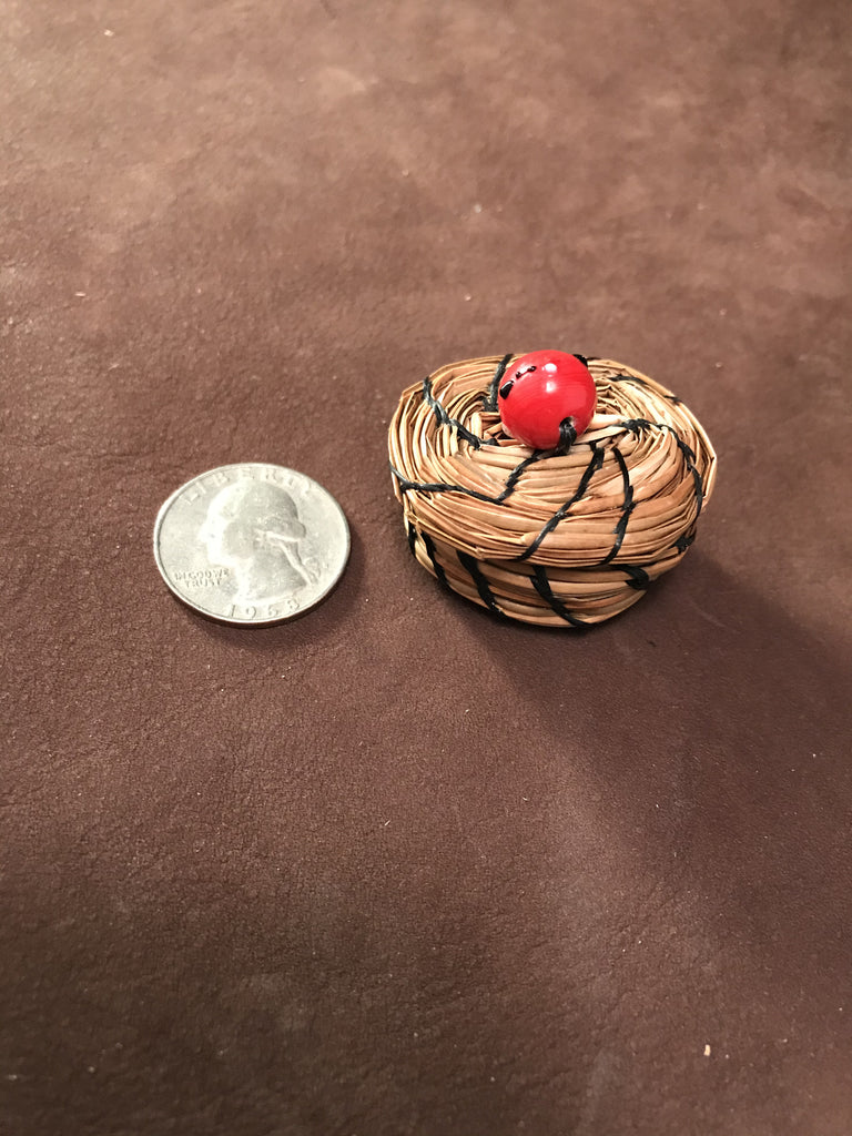 Small Pine Needle Bowl w/ Lid