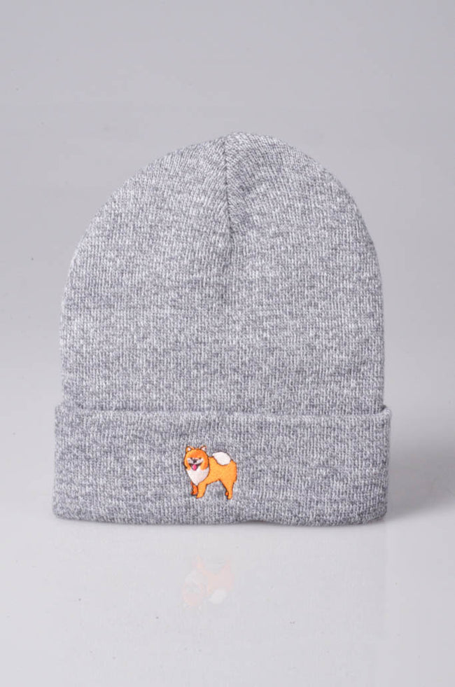 embroidered pomeranian logo on heather grey beanie