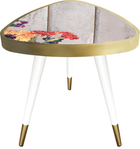 Side Table Triangle Flowers