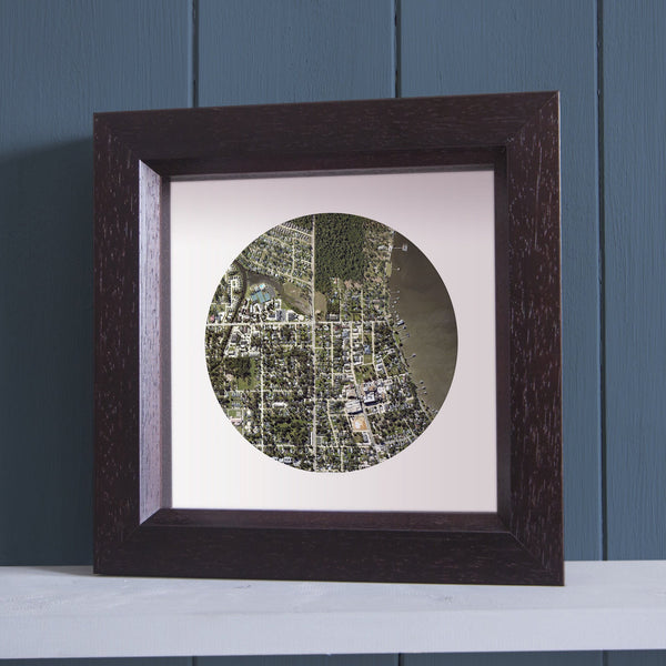 US Wall Art - Circle Shaped Personalized Framed US Map