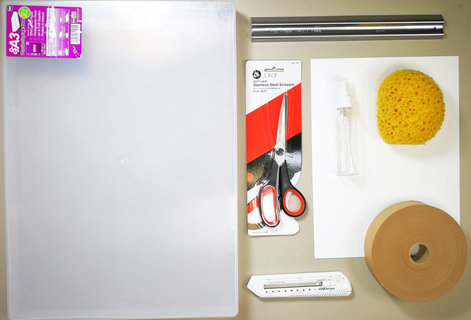 Materials you will need to stretch watercolour paper
