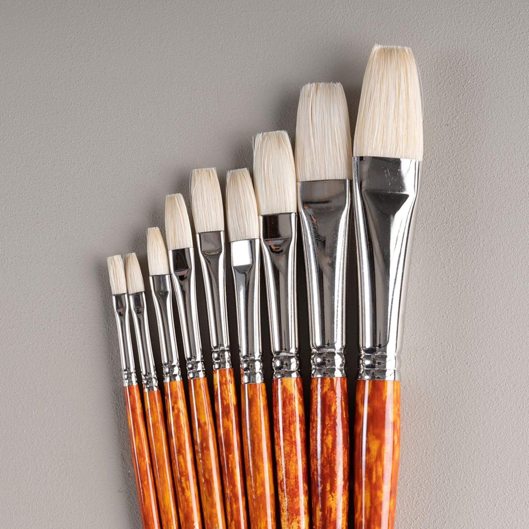 ARTdiscount Bristle Brushes - Long Flat
