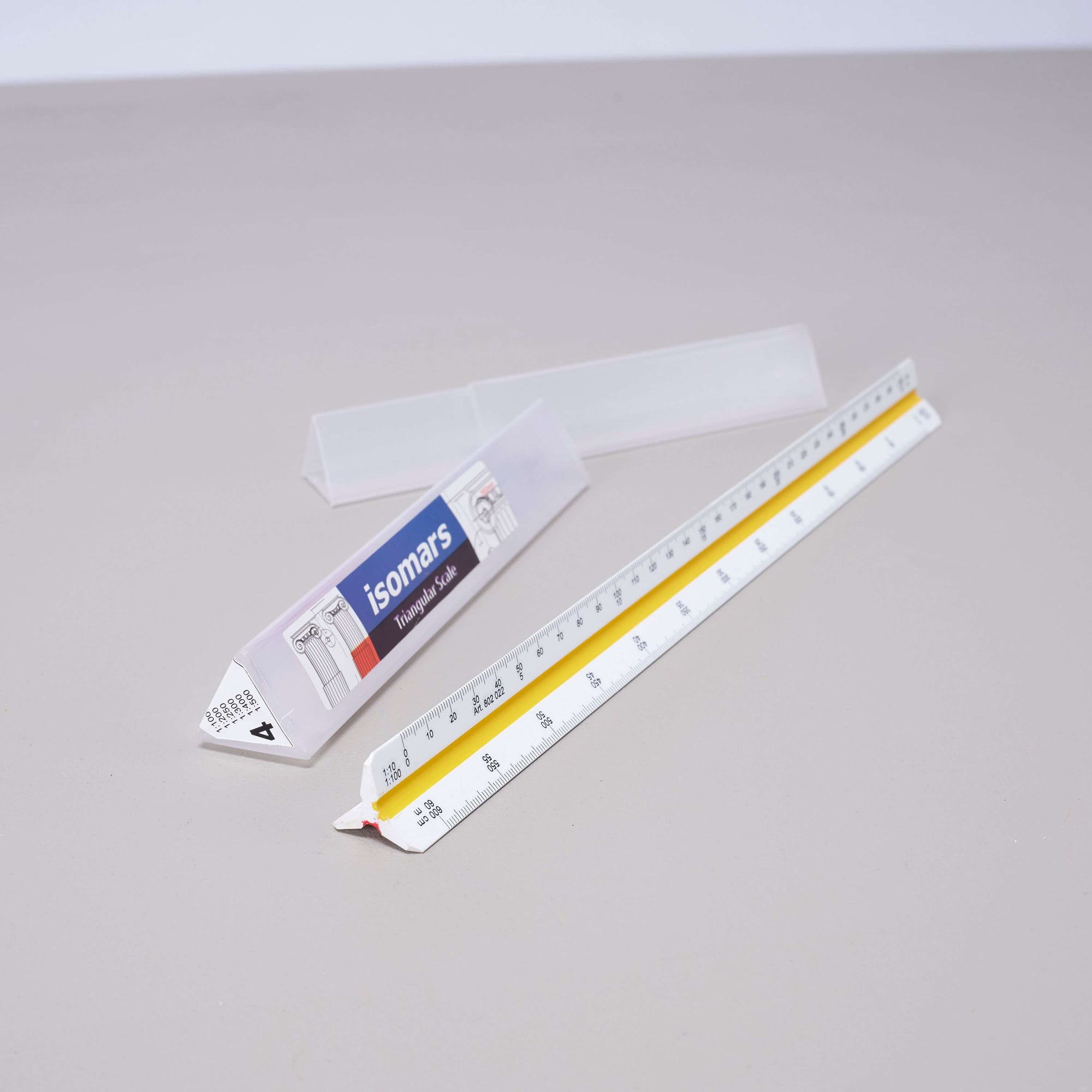 ARTdiscount ISOmars Triangular Scale Ruler - Metric - No.4