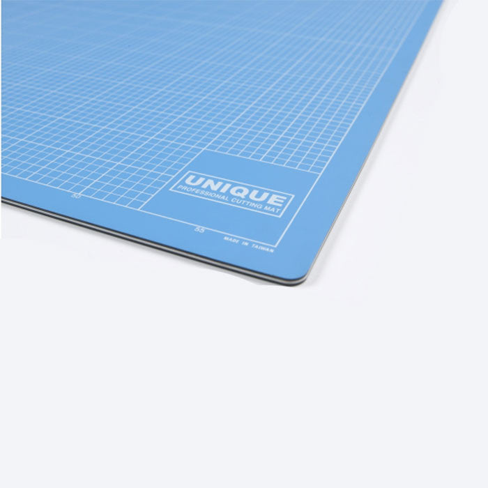 UNIQUE Professional quality cutting mats