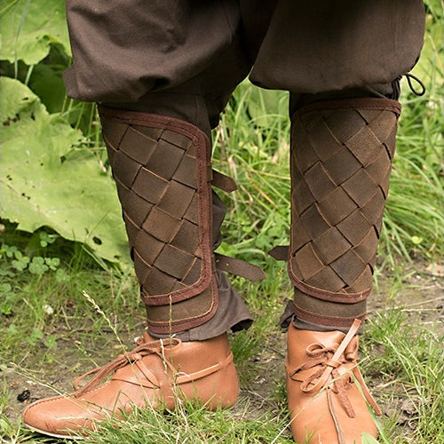 Hatch Pattern Leather Greaves