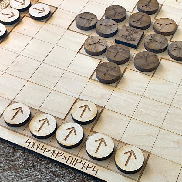 Hnefatafl / Viking Chess - Wood