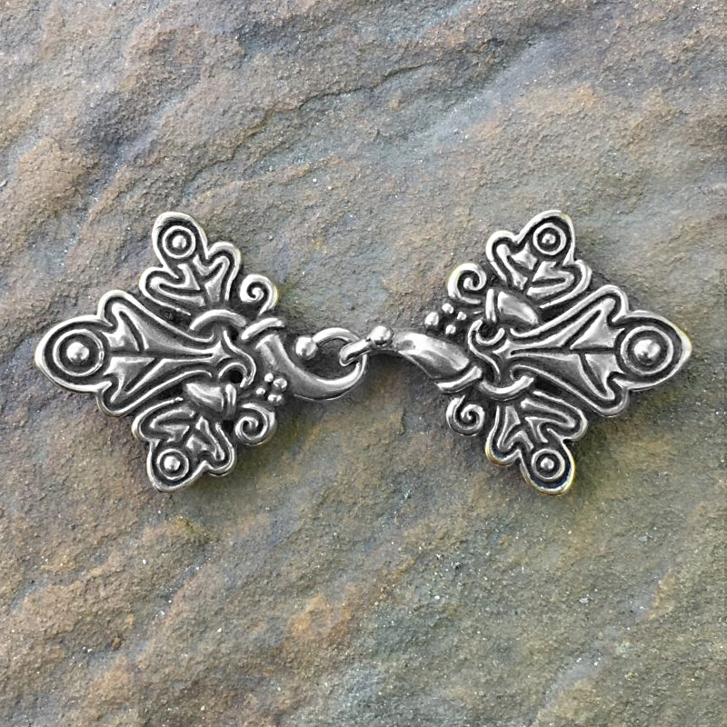 Oak Leaves Cloak Clasp - Silver or Bronze